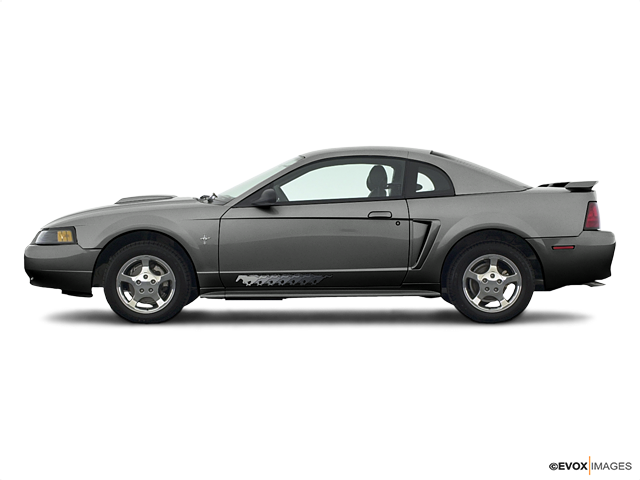 2003 Ford Mustang 2dr Car