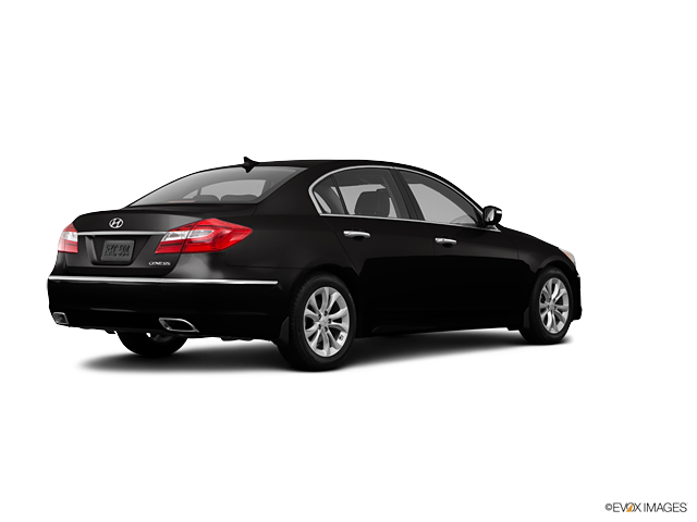 2013 Hyundai Genesis 4dr Car