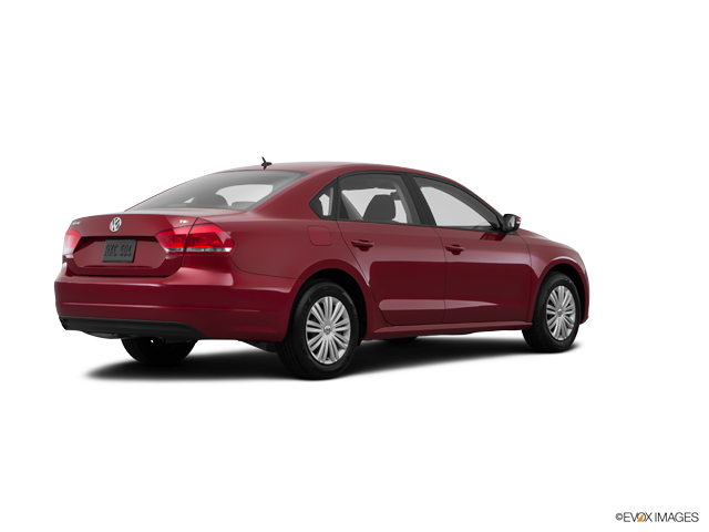 2015 Volkswagen Passat 4dr Car